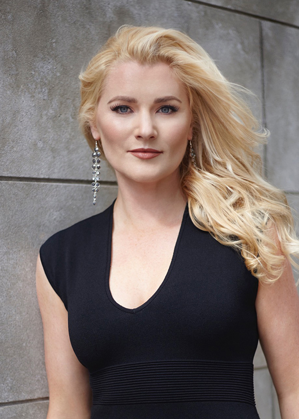 Samantha Crawford - soprano